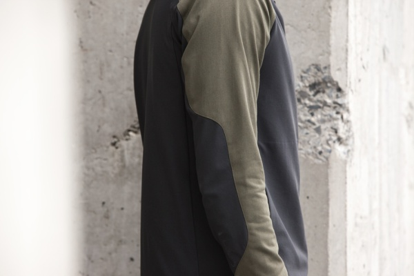 102-OUTLIER-NycoFreeshell-MidSection
