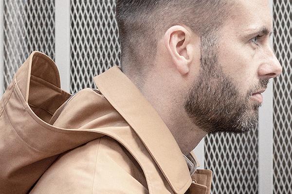 cinnamon-ventile-cotton-seam-jacket-worn-3-right-rob