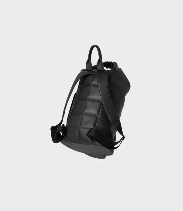 campbell-cole-back-pack-01